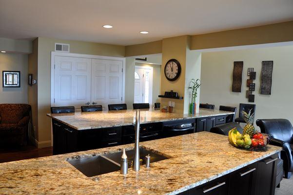 kitchen islands with sink